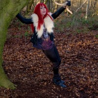 Daizie Flashing In The Woods