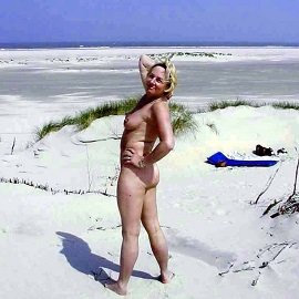 Voyeur & Exhibitionist - Mature Show Off On A Sandy Beach