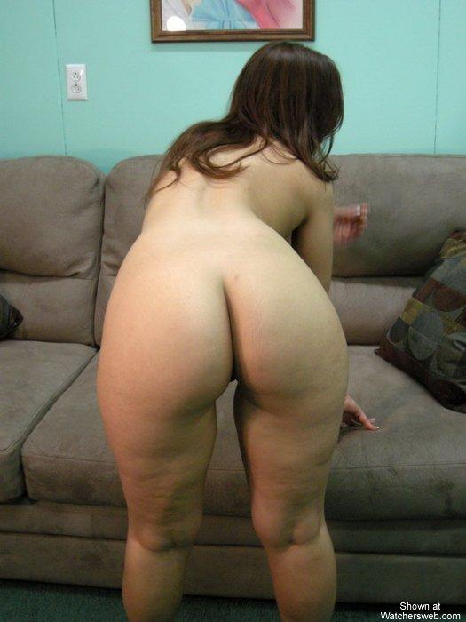 Amatuer milf couch call