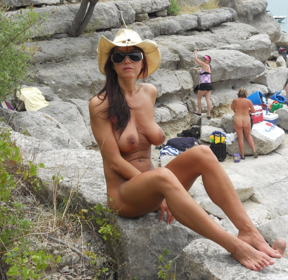 indian girl swimer naked image