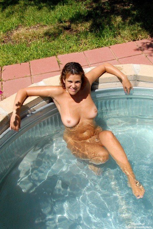 Kayla Naked Outdoors 4